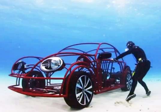 vw-beetle-shark-cage-discovery1-537x375